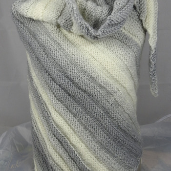 Knitted Women's Grey And Cream Striped Ribbed Triangular Shawl – Free Shipping