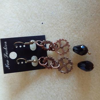 Gear and drop bead earrings