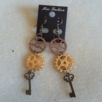Key and gear earrings