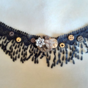 Lace fringe abstract necklace