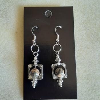Stone marbled framed earrings