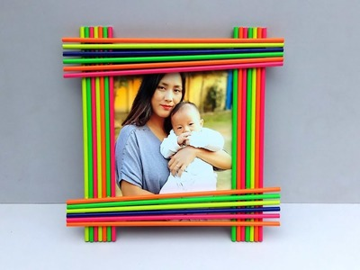 DIY Handmade Picture Frame Out of Colored Pencils