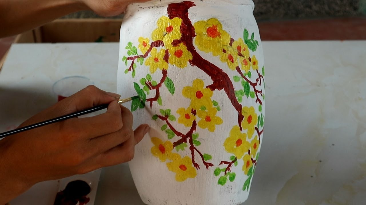 DIY - How to make a flower vase craft at home | Cement flower Vase | Ideas for everyone