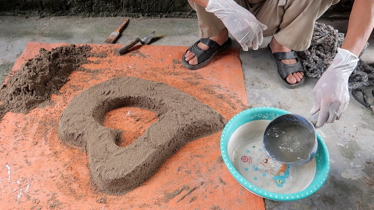 HOW TO - Cement Craft Ideas - Making Heart Pots From Sand And Cement