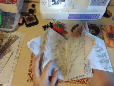 TUTORIAL.CRAFT WITH ME: Binding our journal, part 1! (MelodiMade Floriculture kit)