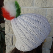Women's White Two Style Hat With A pom Pom In The Colours Of The Italian Flag - Free Shipping