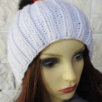 Women' White Winter Hat With A Pom Pom In The Colours Of The German Flag - Free Shipping
