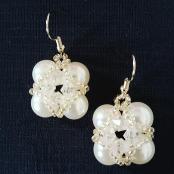 Handmade White Pearl Square Earrings