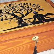 FREE POST - LOCKABLE Tree of Life wooden SPIRITUAL box. Storage box with lock and Key