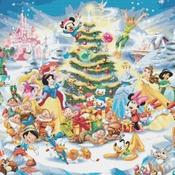 counted cross stitch pattern disney christmas pdf file 496*352 stitches CH2034