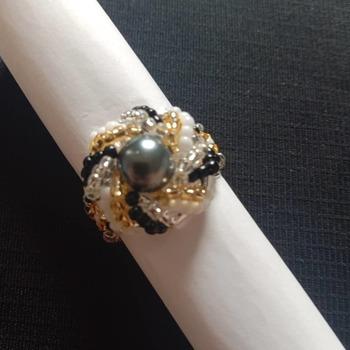 Handmade Grey Pearl Classic Spiral Ring Jewellery