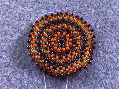 How to bead weave: creating circular bead circles