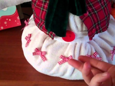 Homemade Christmas Idea - Make a snowmen from old baby clothes