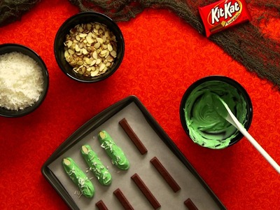 HERSHEY'S Halloween Recipes and Crafts - KIT KAT Fingers