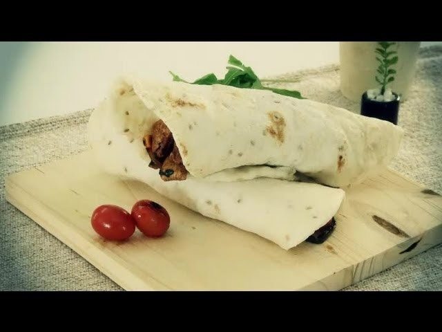 How to Make a Chicken Wrap with Lavash Bread : Lunch on the Go