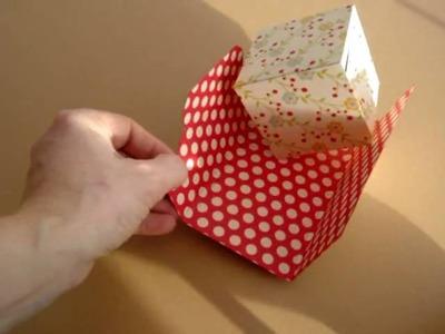 Pop up cube in a wallet.wmv