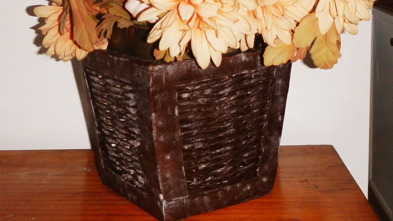 How to make a rustic basket from newspaper