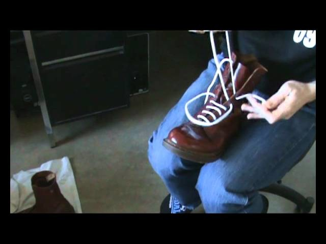 How to lace your boots - Tutorial Video