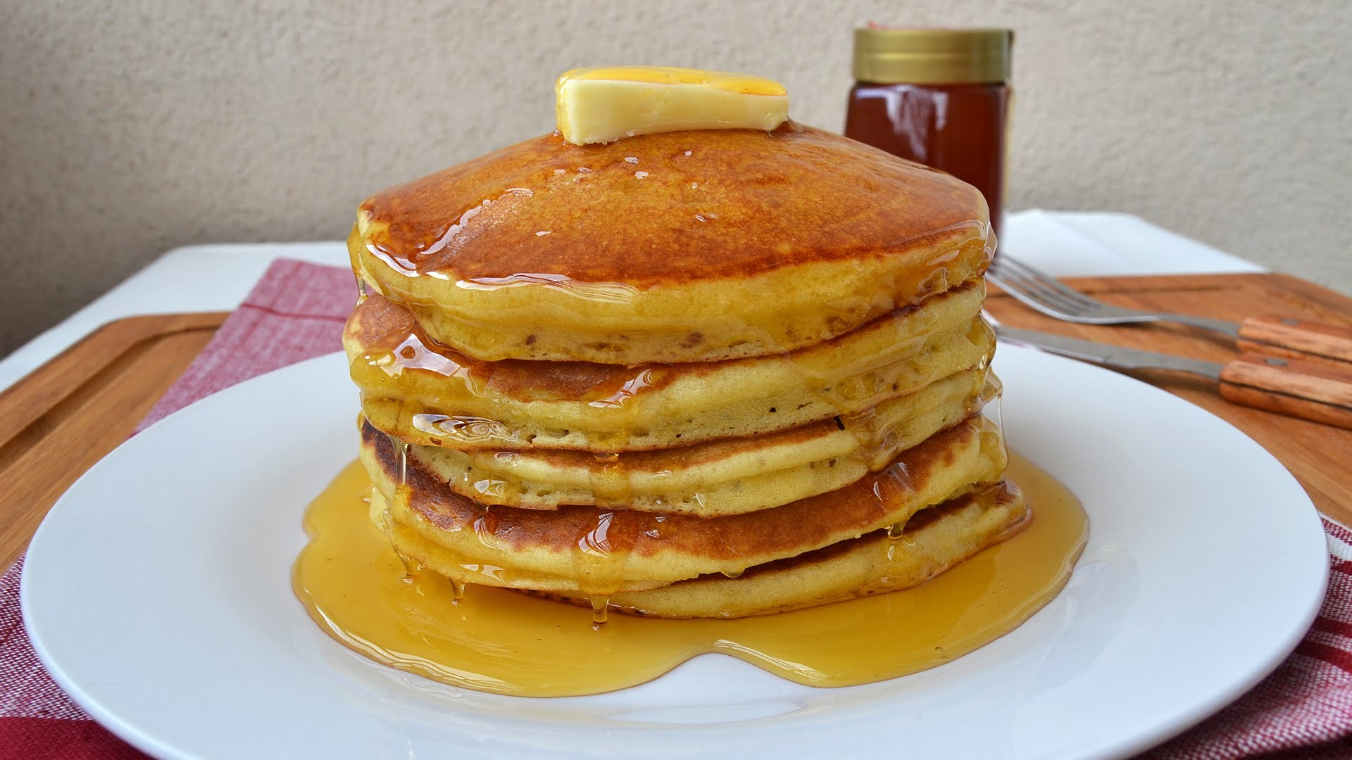 How to Make American Pancakes - Easy Homemade Pancake Recipe from Scratch