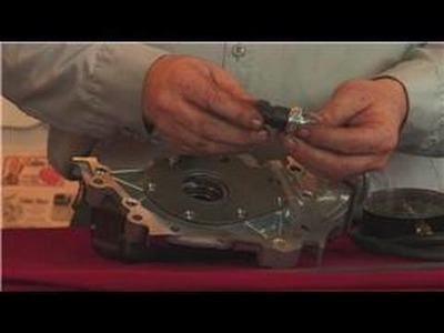 Auto Repair & Maintenance : How to Check if an Oil Pump Is Bad