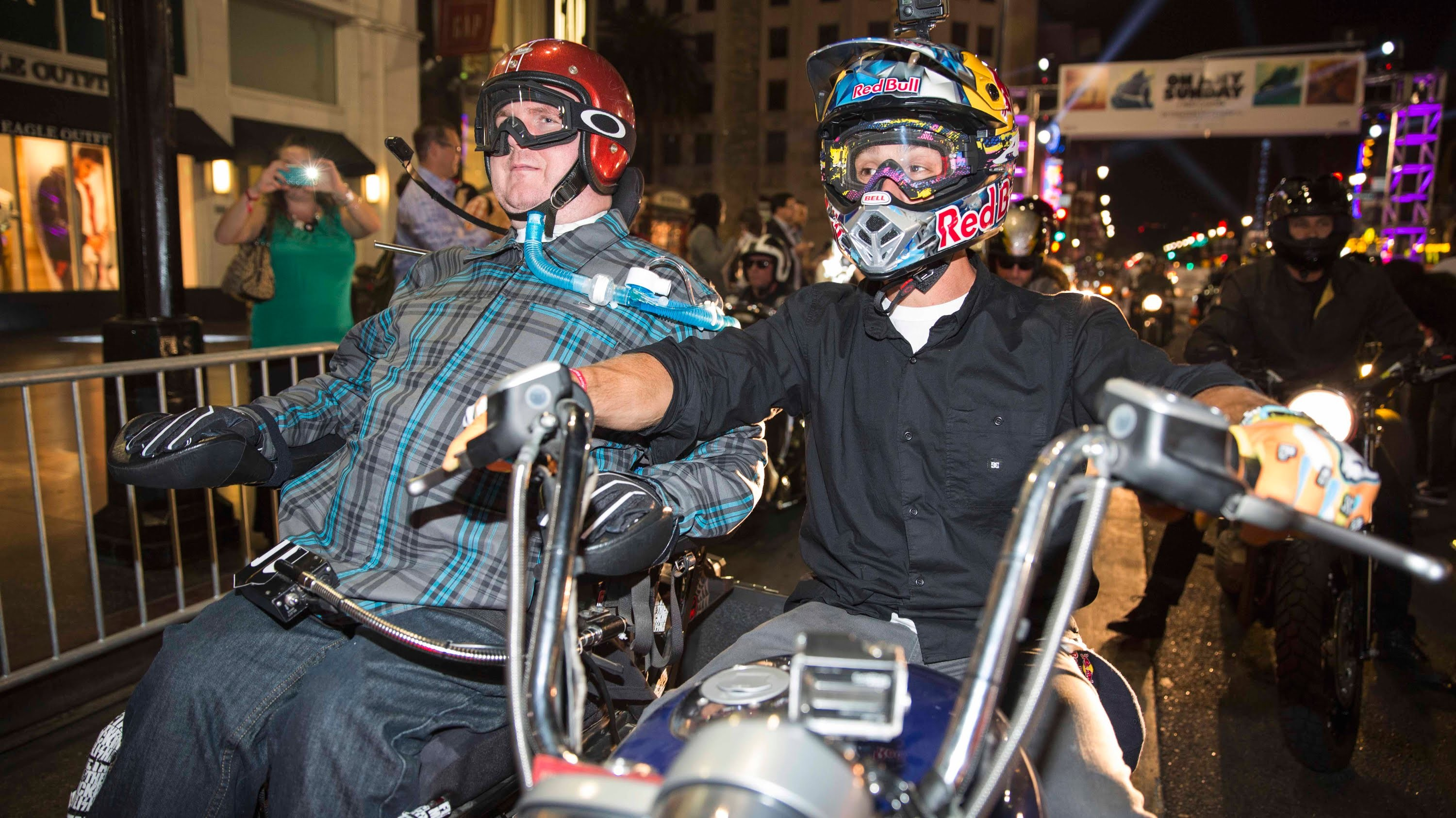 Chris Ackerman's First Motorcycle Ride in 12 Years w. Robbie Maddison
