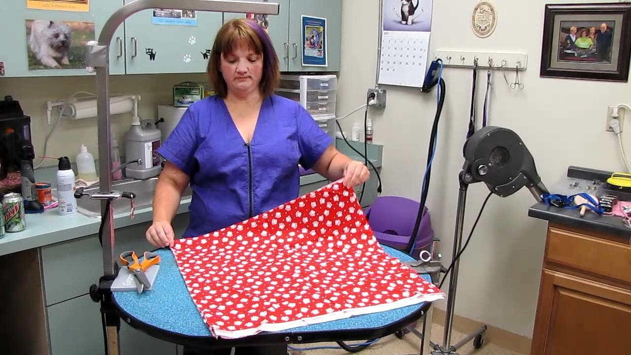 How to cut bandannas for Groomers