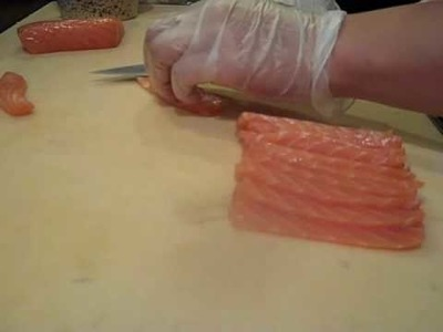 How to Cut Salmon + How to make Salmon Sushi @ Sushivids.com