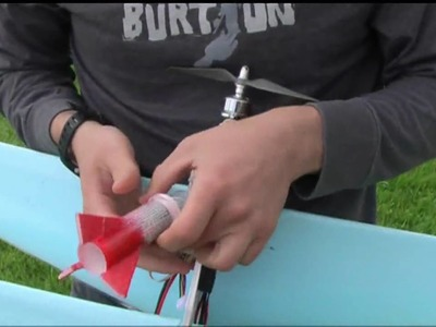 How to make a simple RC plane bomb dropper