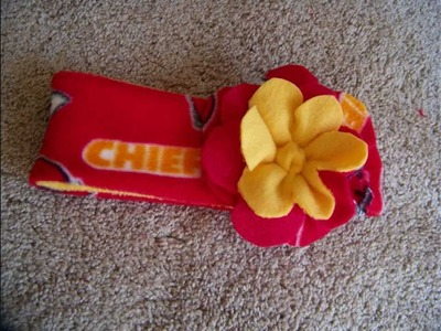 Chic on the Cheap: Reversable Fleece Ear Warmer with Flower