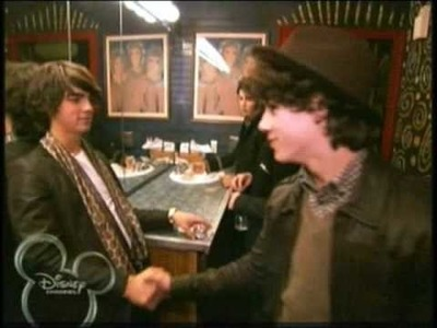 Jonas Brothers: Living The Dream - Episode 5