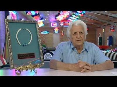 Julien's Auctions Elvis Presley Auction of Dr. Nick's Collection - Elvis Puka Shell Necklace