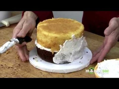 Fondant Cake Decorating - Crumb Coating