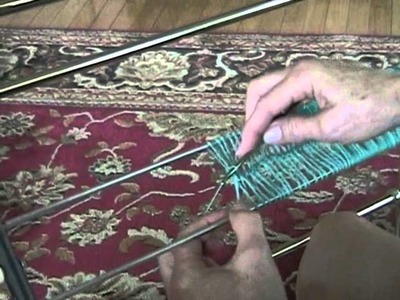 Hands Free Hairpin Lace Tool.wmv
