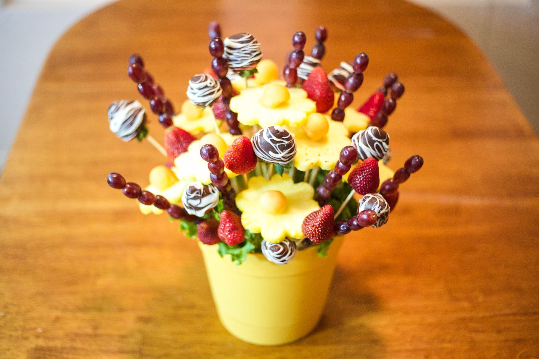 How to make Edible Fruit Bouquet Arrangements!