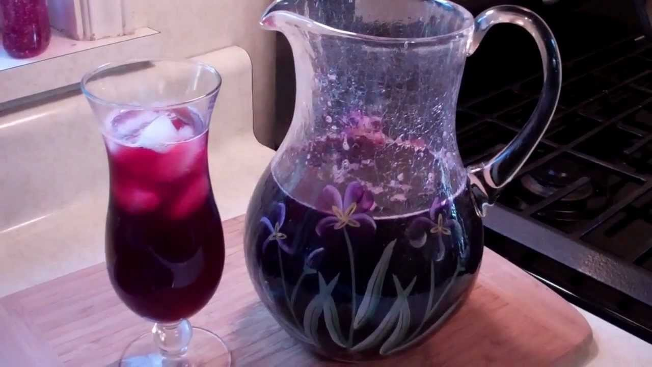 How To Make A Spiced Sorrel Drink From The Caribbean.