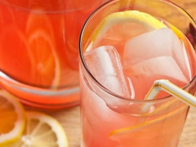 How to Make Easy Pink Lemonade - The Easiest Way