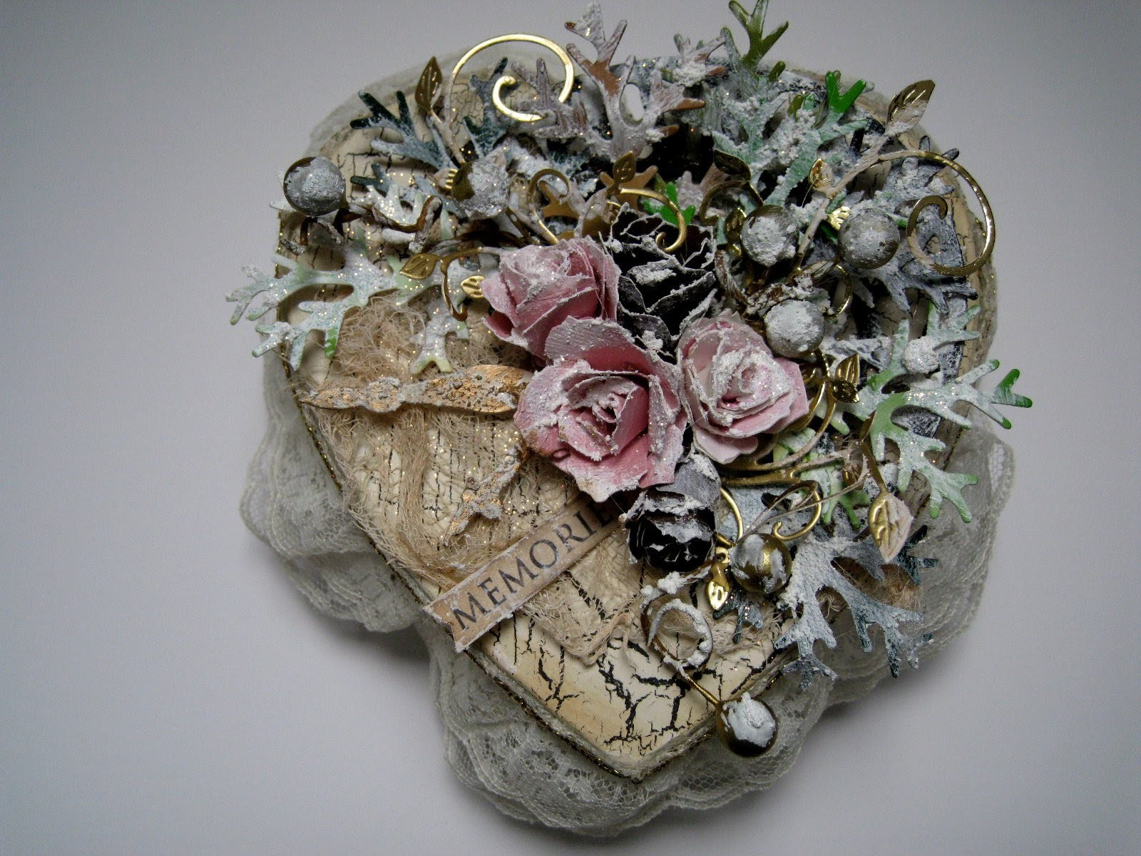 Altered Box in Winter Shabby Chic Style - Step by Step