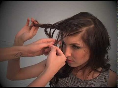 Feather Braid tutorial by Janine from Shear Genius!