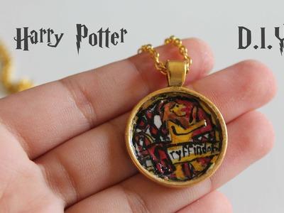 Harry Potter D.I.Y: Gryffindor House Seal Necklace