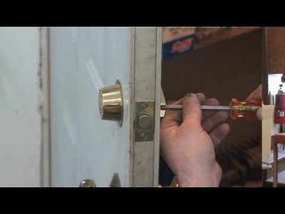 How to Change a Door Knob and a Dead Bolt (Part 1)