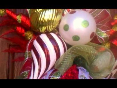 How To Make A Christmas Door Garland ( Deco Mesh