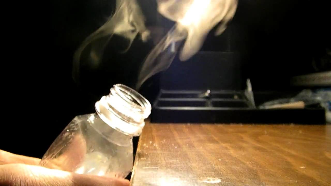 How to make fog from a water bottle