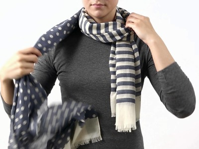 HOW TO TIE A SCARF - THE COWL