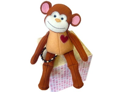 Felt monkey tutorial with FREE PATTERN by Lisa Pay