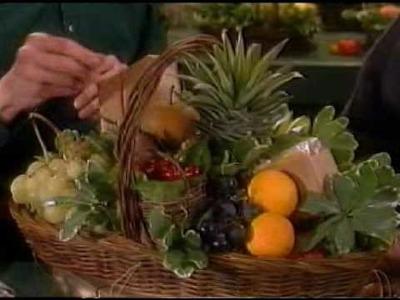 Manhattan Fruitier makes fruit basket on Martha Stewart Show