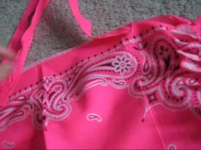 How to make a bag out of bandanas