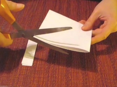 How to make a quick and easy paper snowflake