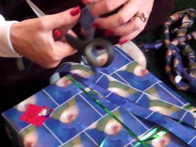 How To Make Wrapping Paper Bows
