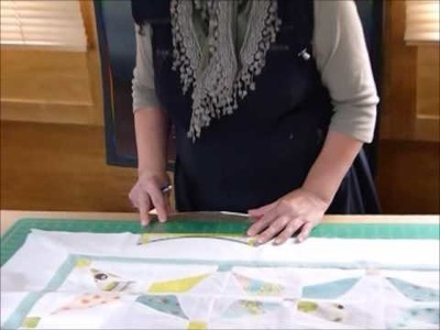 How to mark and cut scallops on a quilt border -  Quilting Tips & Techniques 170