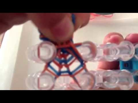 How to Make a 4 Pin Fish Rainbow Loom Bracelet